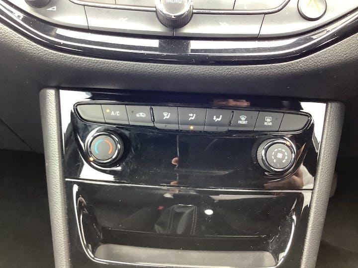 Grey Vauxhall Astra 1.6 SRi Nav CDTi S/S 2017