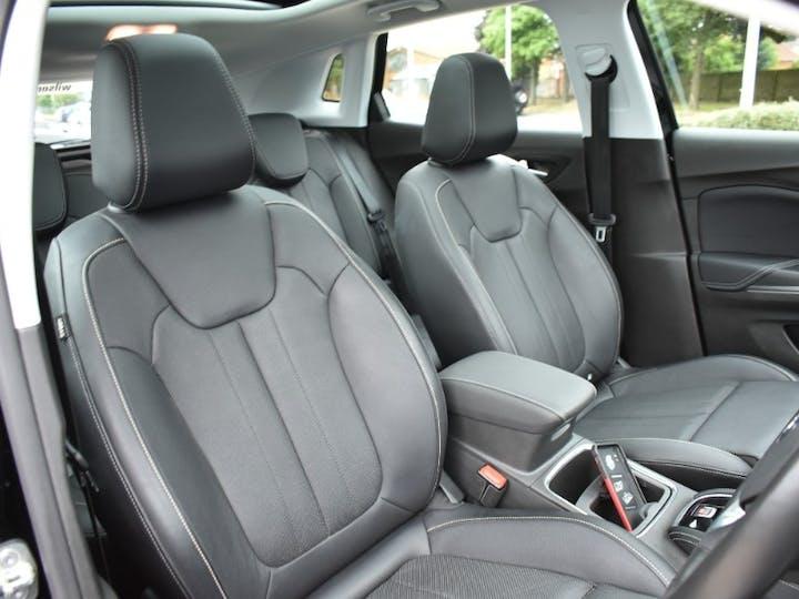 Black Vauxhall Grandland X 1.2 Elite Nav 2019