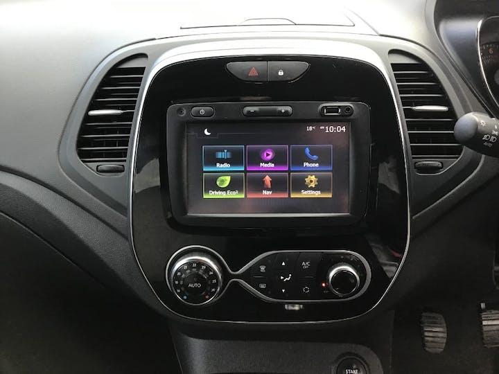 Black Renault Captur 0.9 Iconic Tce 2018