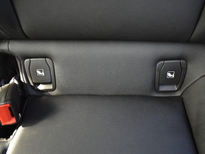 White Vauxhall Astra 1.5 Elite Nav 2020